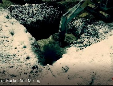 video-soil-mixing-excavator-bucket-mixing